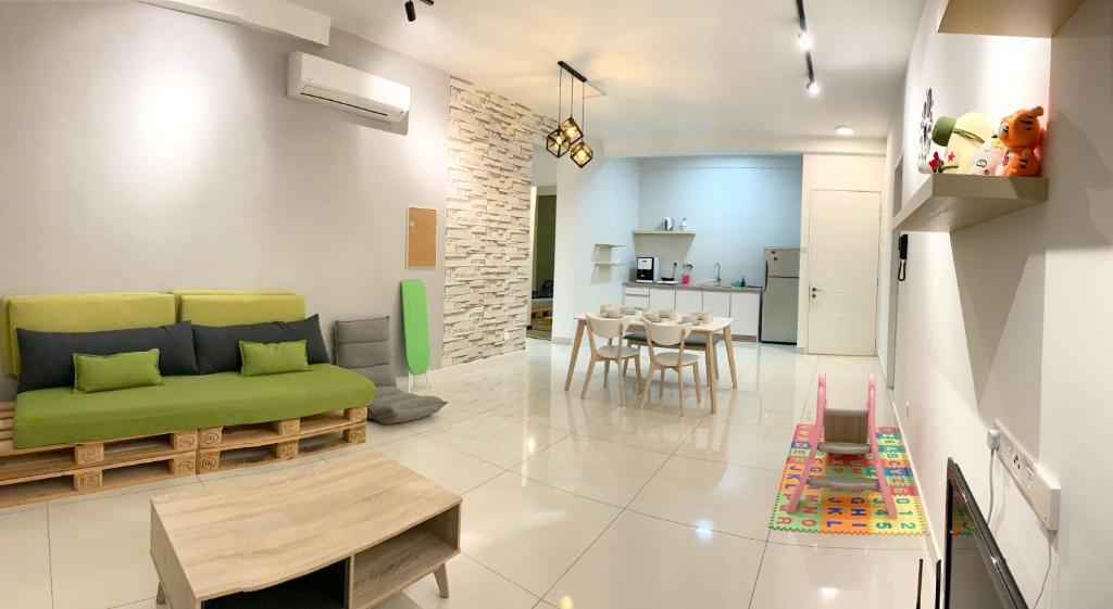 A seating area at Arte S Family Stay @ USM Georgetown Penang