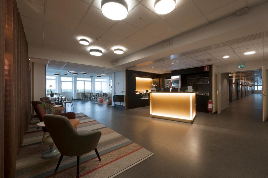 The lobby or reception area at Hotell Årstaviken