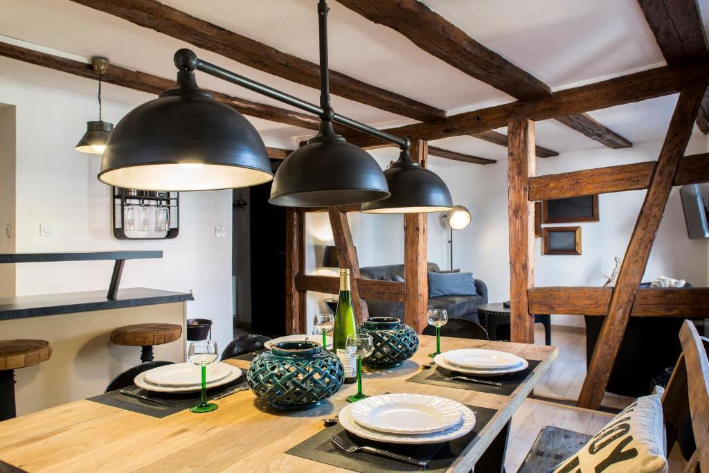 Cuisine ou kitchenette dans l'établissement La Maison du Batelier
