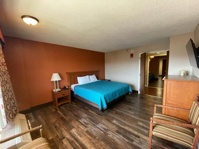 Mountain Vista Inn Suites Parkway Pigeon Forge Updated 2021 Prices