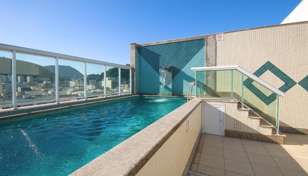 The swimming pool at or near Hotel Bandeirantes