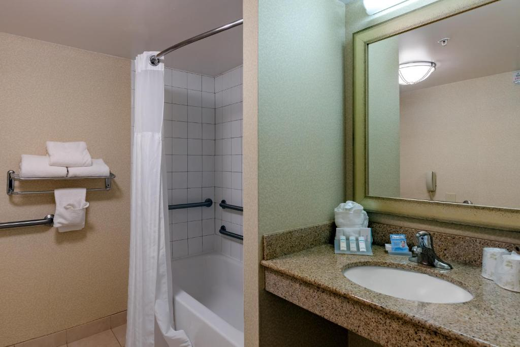 Hilton Garden Inn Mobile West I 65 Airport Boulevard Mobile Updated 2020 Prices