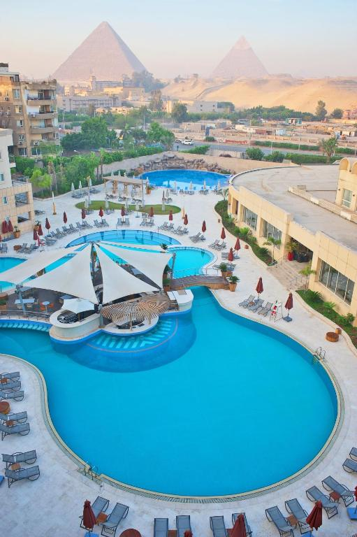 Le Meridien Pyramids Hotel Spa Cairo Egypt Booking Com