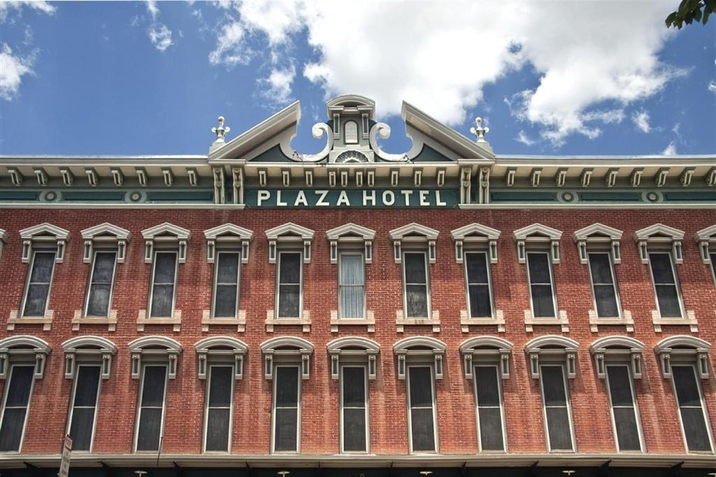 Historic Plaza Hotel Las Vegas Updated 2021 Prices