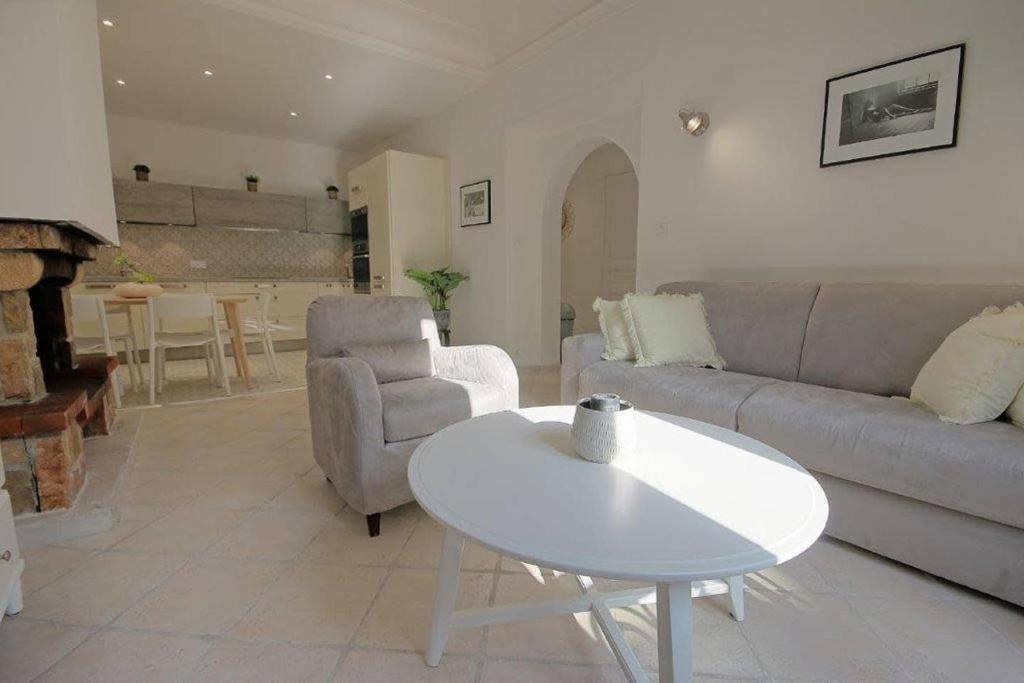Magnifique appartement climatisé Vieil Antibes