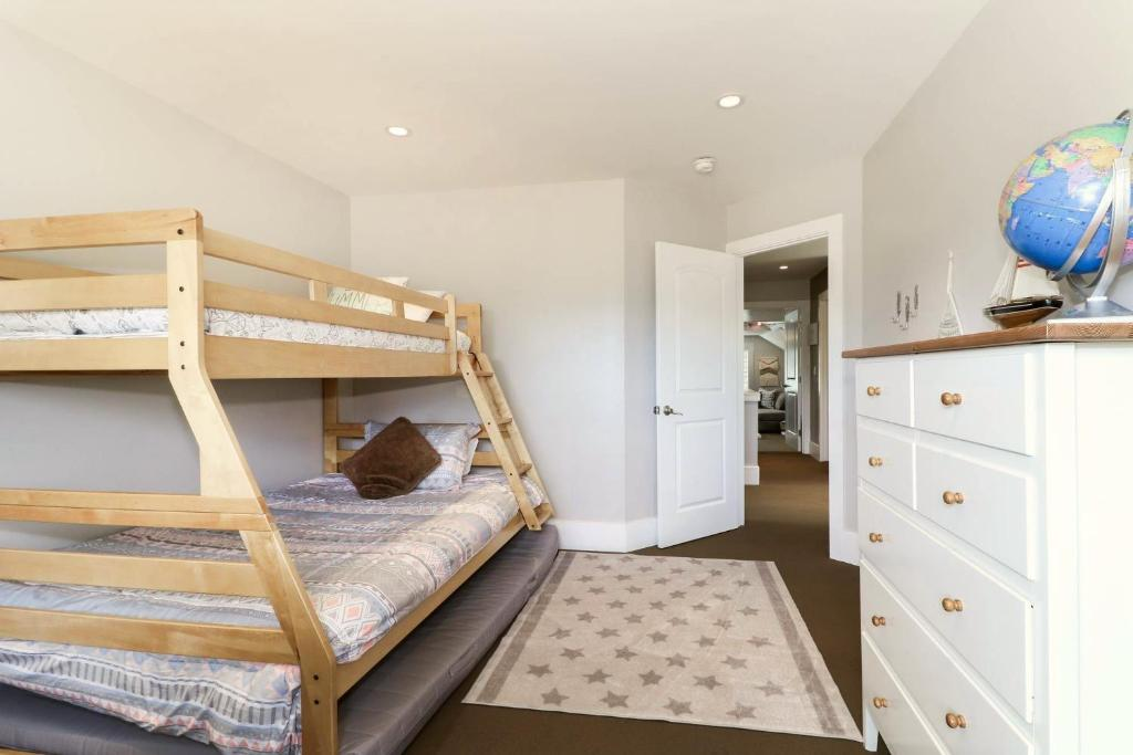 Picture of: Holiday Home High Altitude Escape Big Bear Lake Usa Booking Com