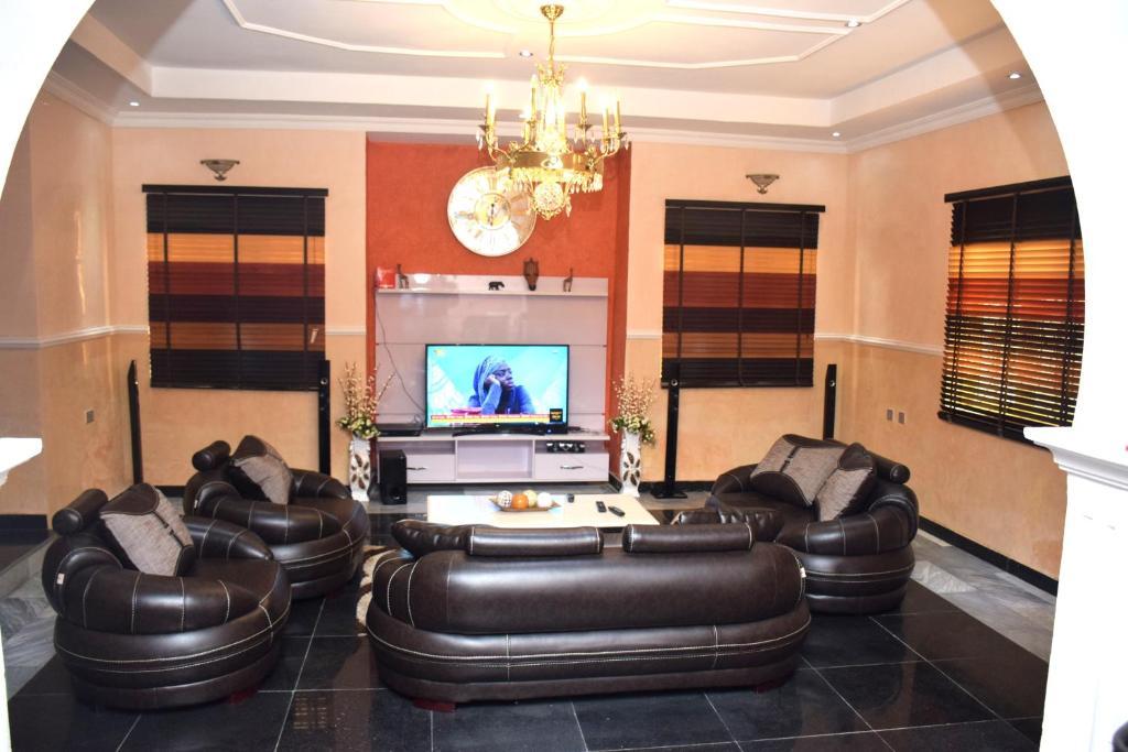 Vacation Home Duplex 3 Bedroom Spacious House Lagos Nigeria Booking Com