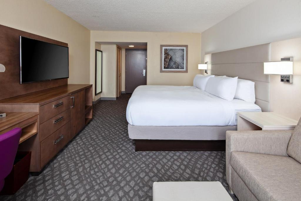 Doubletree By Hilton New Orleans Airport Kenner Updated 2021 Prices
