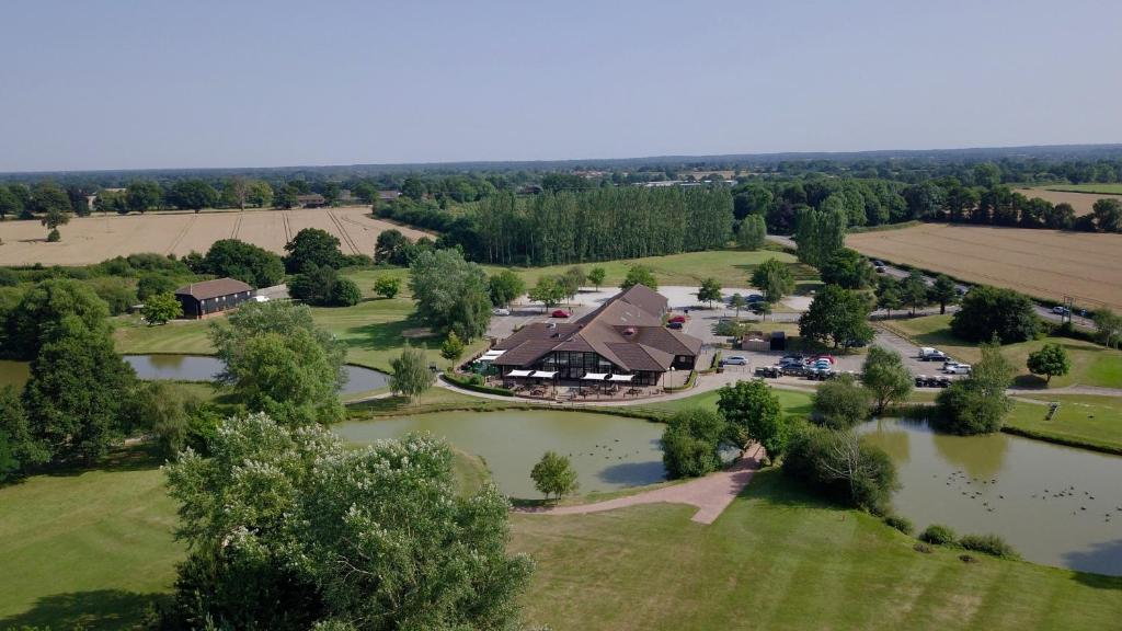 A bird's-eye view of Weald of Kent Golf Course and Hotel