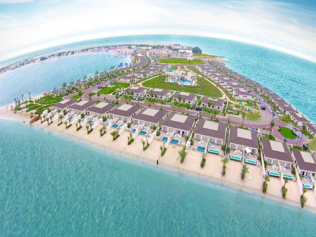 منتجع شاطىء الدانة هالف موون باي أحدث أسعار 2021