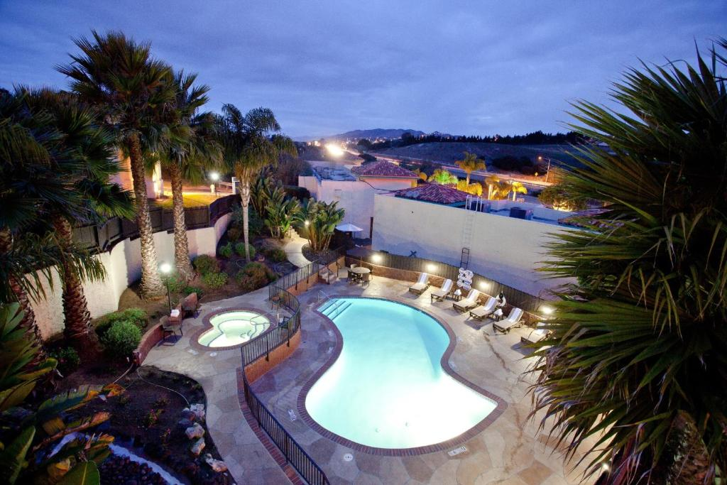 A view of the pool at Holiday Inn Express Grover Beach-Pismo Beach Area or nearby