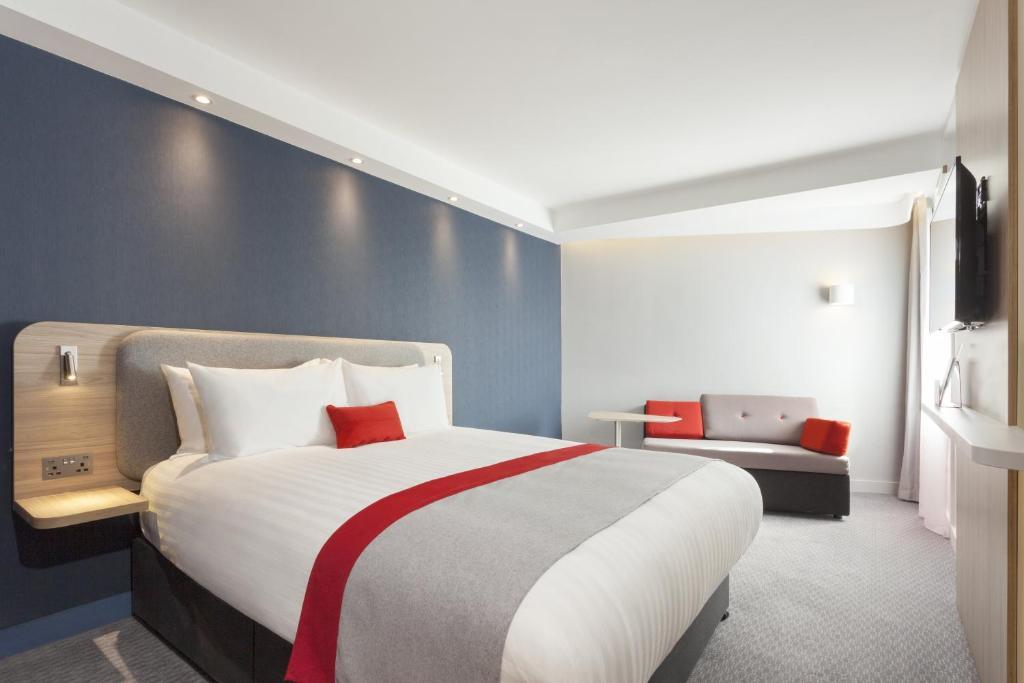 A room at Holiday Inn Express St. Albans - M25, Jct.22