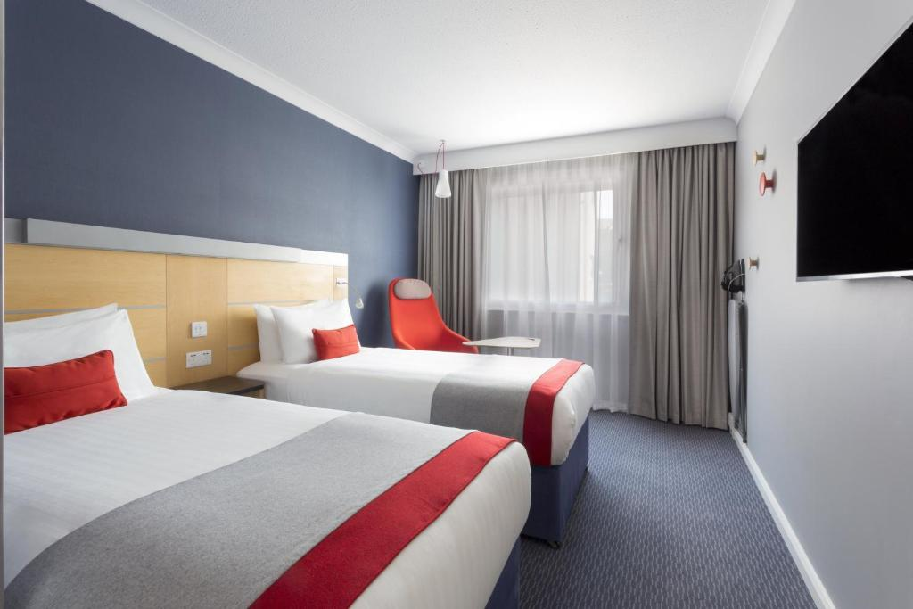 Holiday Inn Express Earls Court, London – Updated 2020 Prices