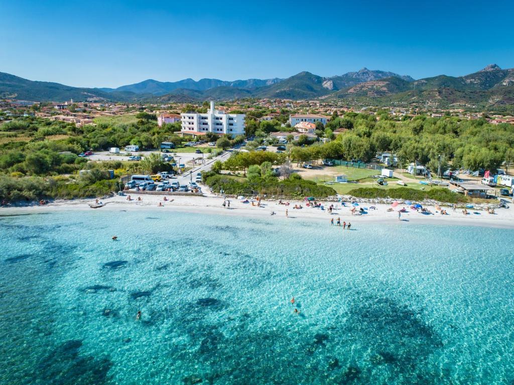 A bird's-eye view of Hotel Onda Marina