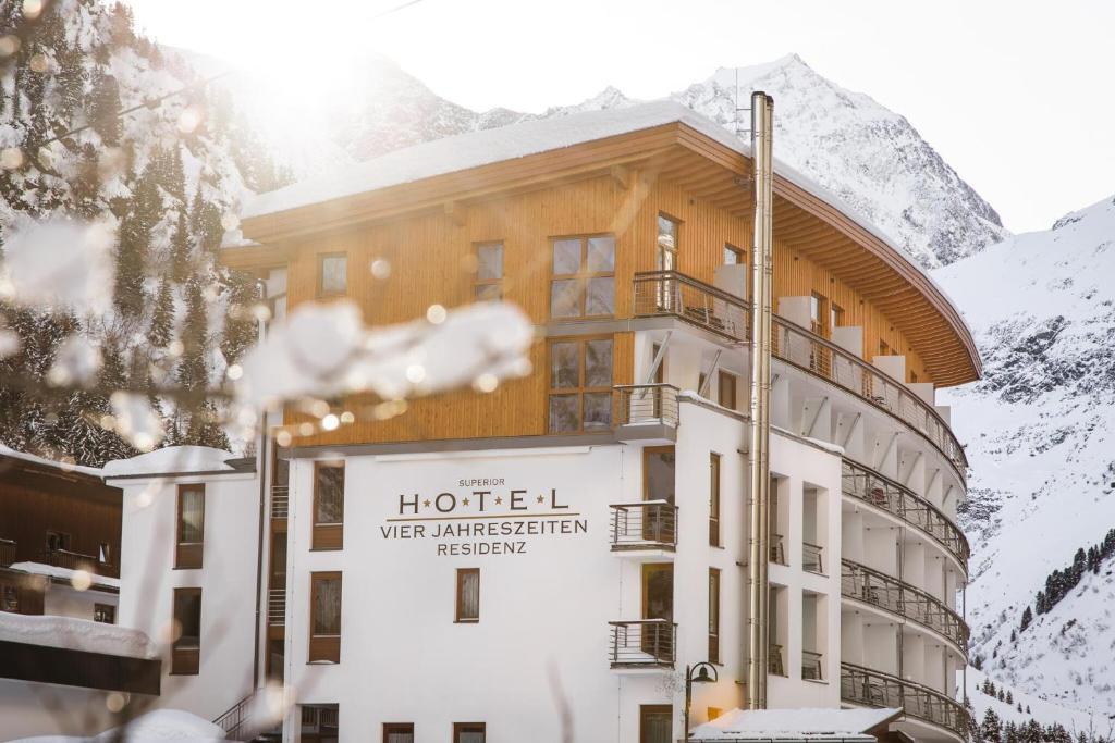 Hotel Vier Jahreszeiten Sankt Leonhard im Pitztal, Austria