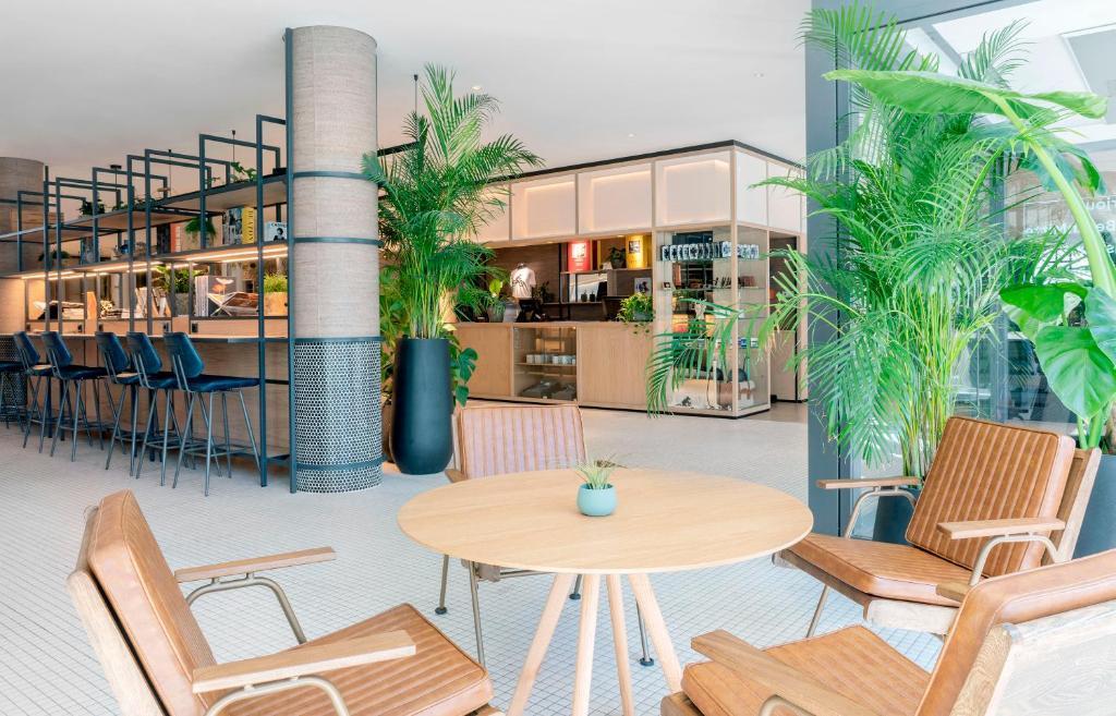 O lounge ou bar de INNSiDE by Meliá Berlin Mitte