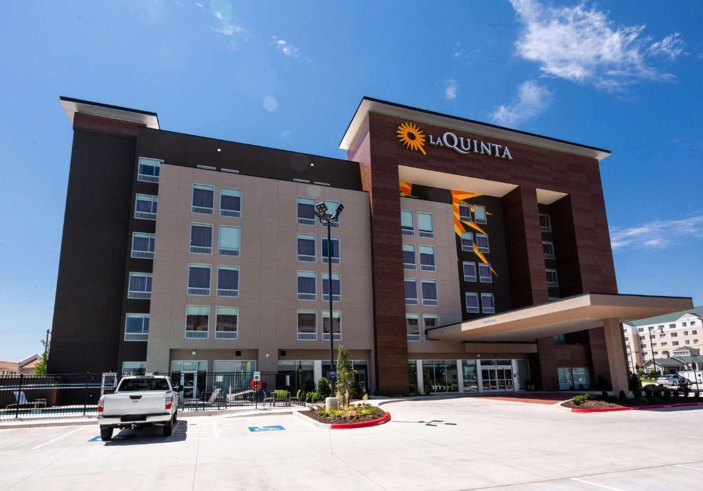 La Quinta by Wyndham Oklahoma City Airport
