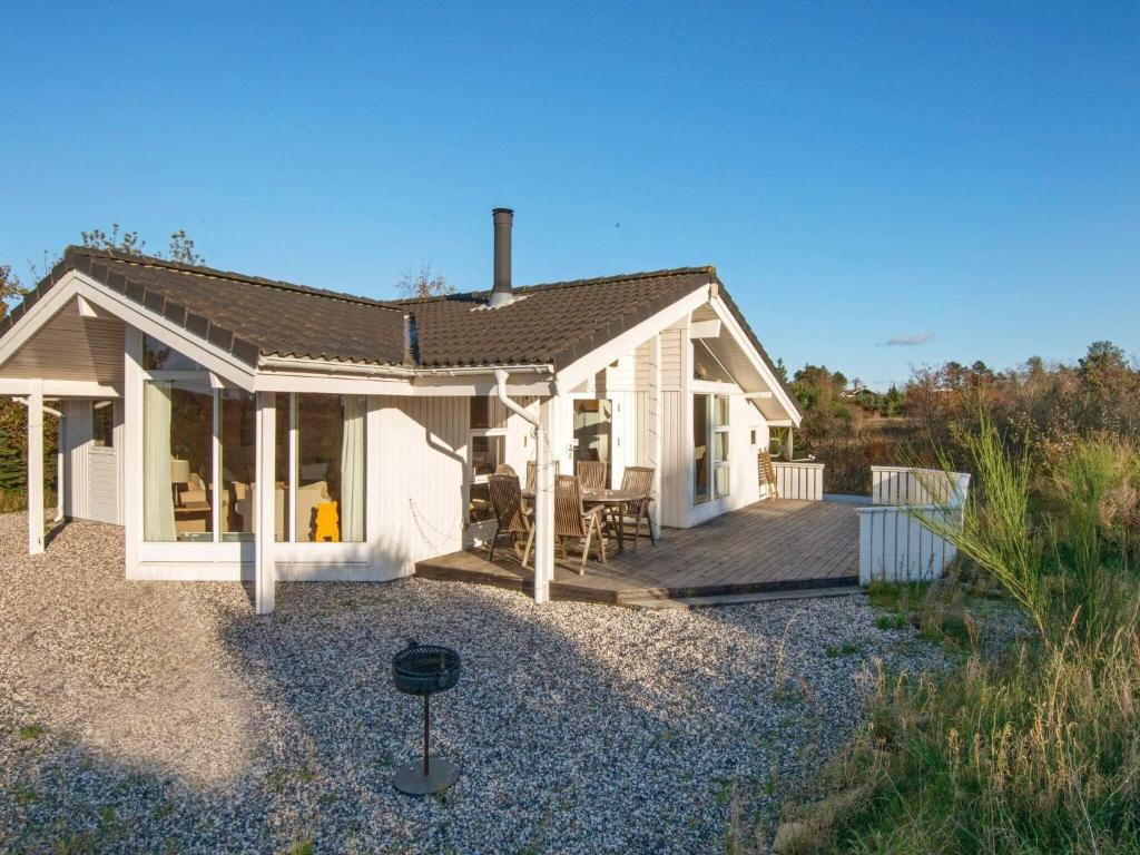 Two-Bedroom Holiday home in Knebel 9