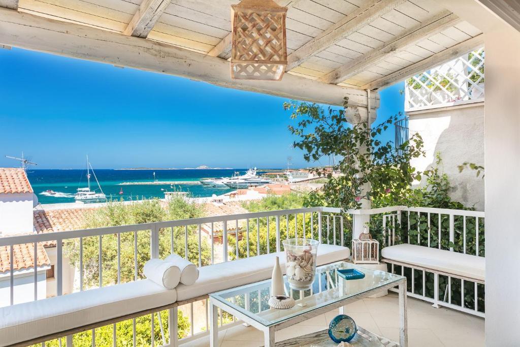 A balcony or terrace at Casa di Mauro