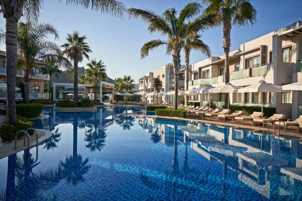 Het zwembad bij of vlak bij Lesante Classic - Preferred Hotels & Resorts
