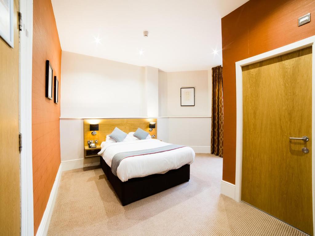 OYO Hotel Imperial Barrow in Furness LA14 2LG