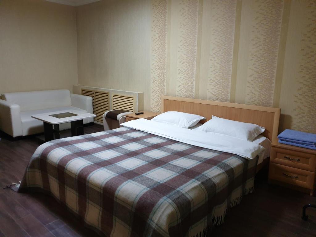 Apartment on Abdirova 25