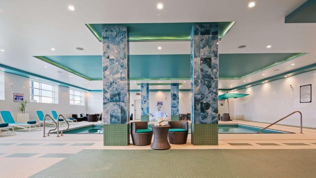 Hotel Executive Residency By Best Western Calgary City View North Canada Booking Com