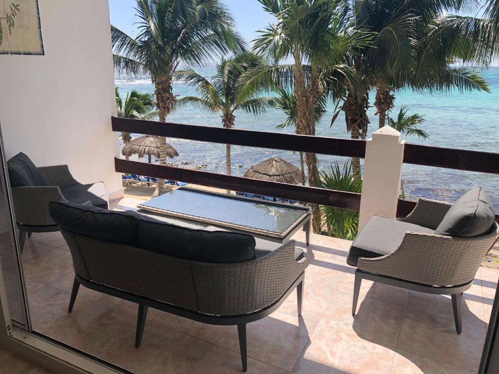 Beachfront double condo at La Sirena Akumal