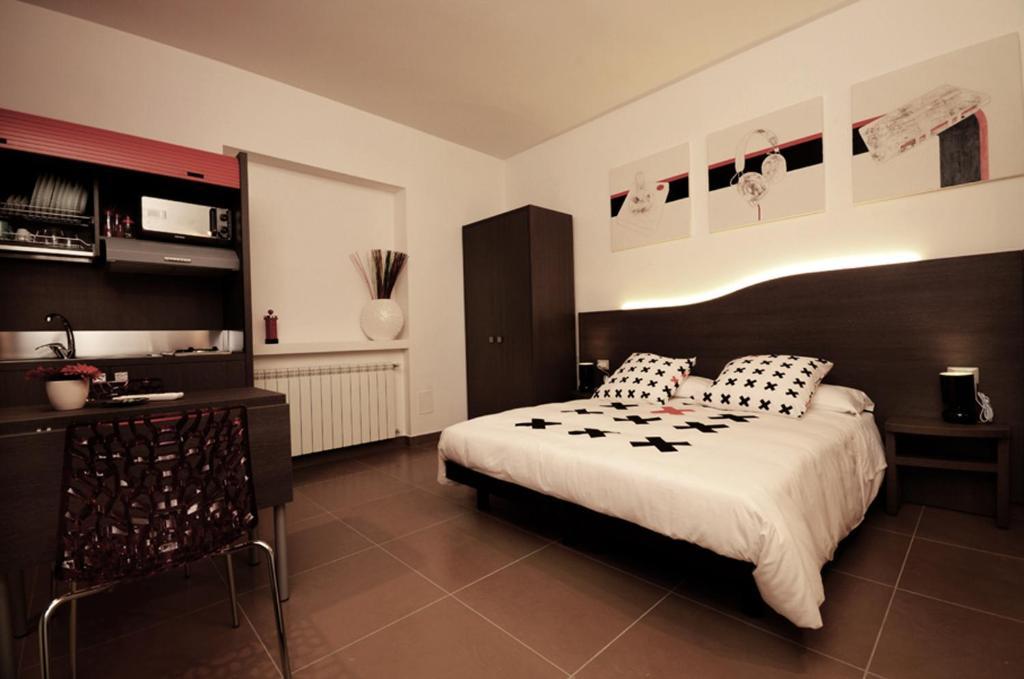 Ein Bett oder Betten in einem Zimmer der Unterkunft Bedrooms B&B