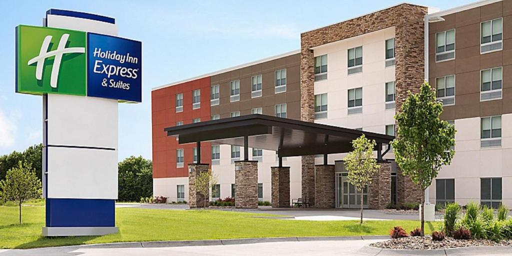 Holiday Inn Express & Suites - Greenville - Taylors