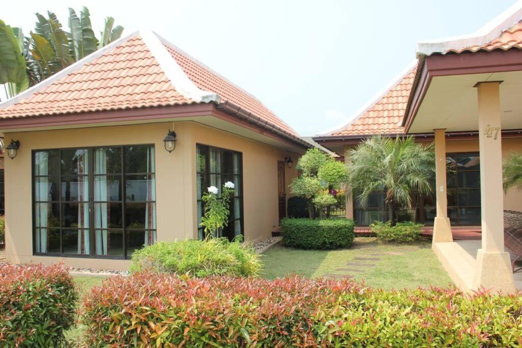 Cozy Villa At Mae Phim Ban Bua Phut Thailand Booking Com