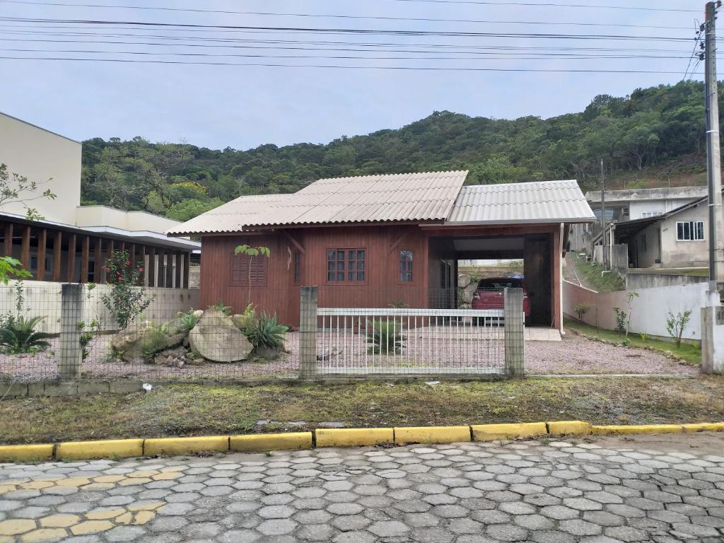 Casa do Tarzan, Rua Rio Amazonas 1264