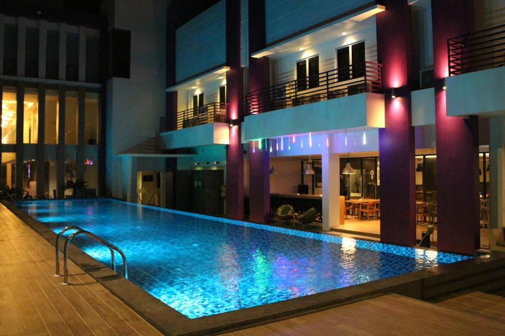 The swimming pool at or close to OS Style Hotel