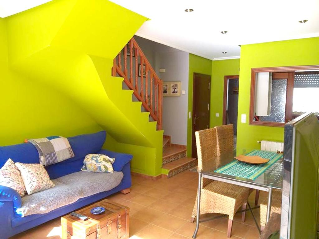 House with 3 bedrooms in Argonos with furnished terrace