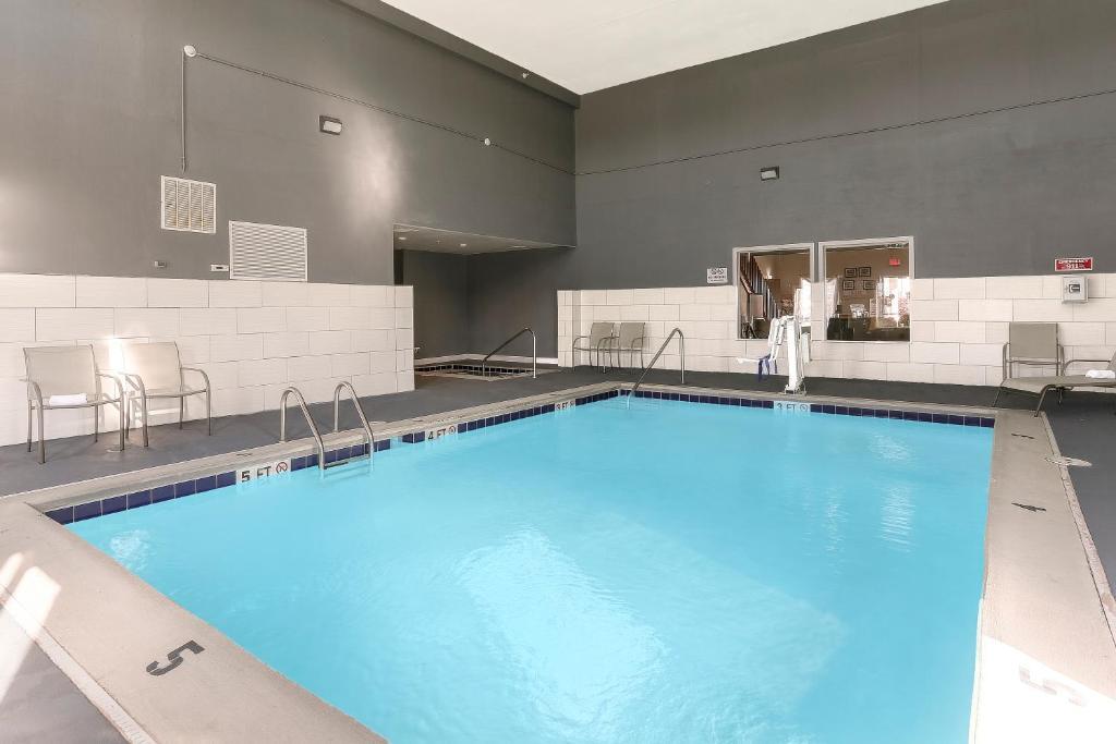 Baymont Inn Suites Bowling Green Ky Booking Com