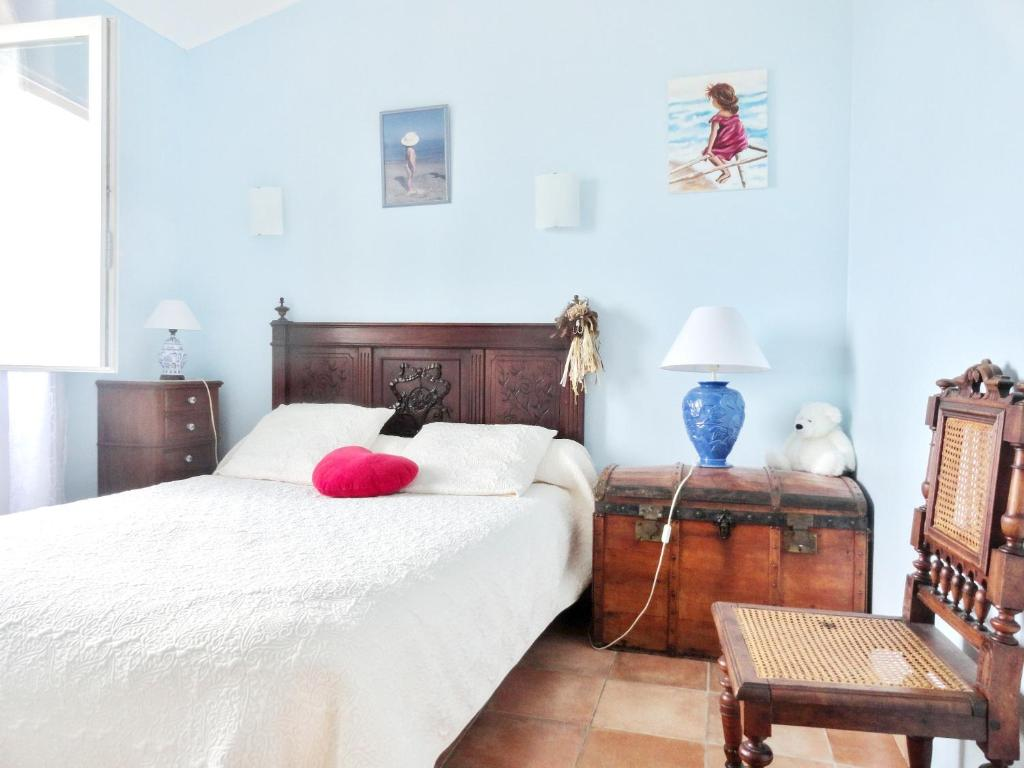 House with one bedroom in Cateri with wonderful sea view and furnished terrace 11 km from the beach