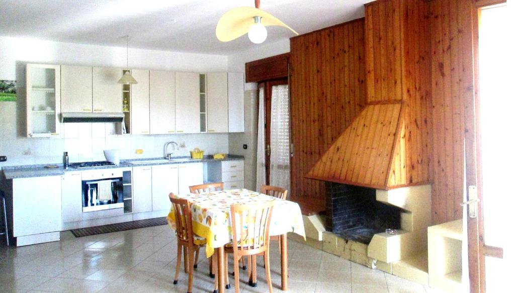 Apartment with 2 bedrooms in Velina with wonderful mountain view terrace and WiFi 6 km from the beach