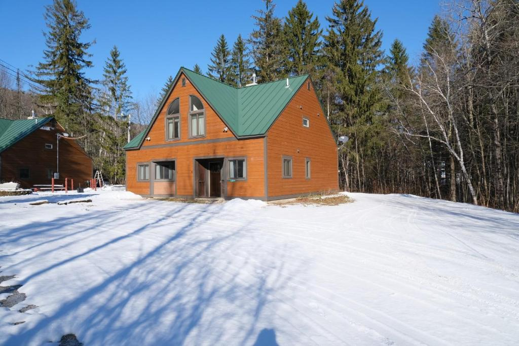 Ski in/out Spruce Glen Townhomes on Great Eastern Trail