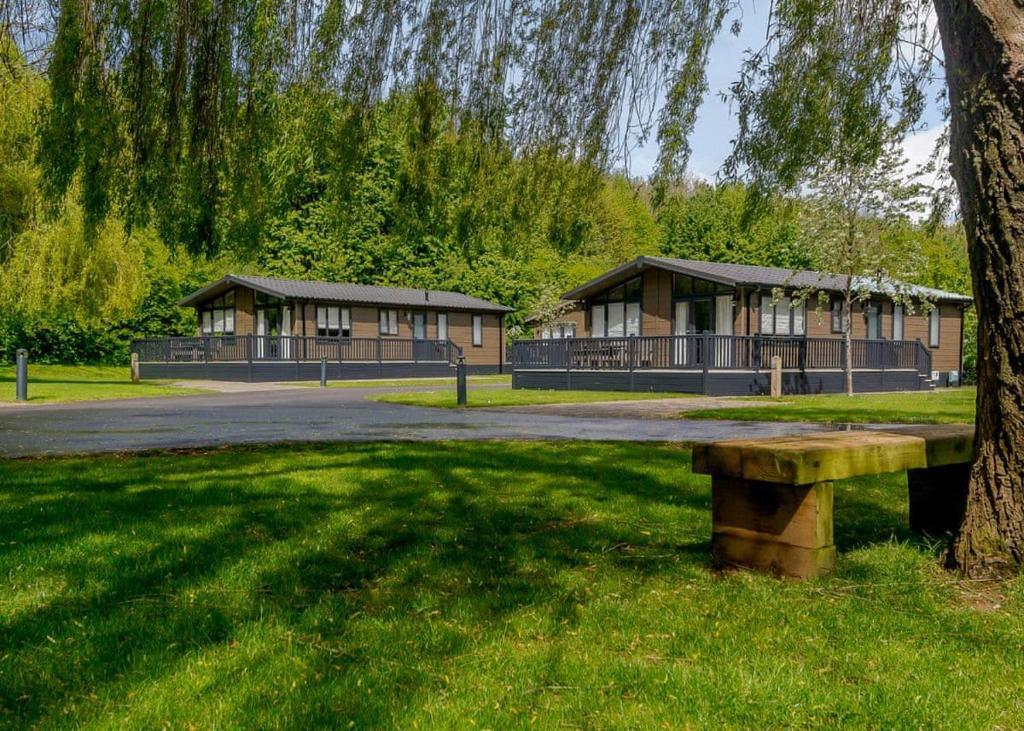 Bath Mill Lodge Retreat in Bath, Somerset, England