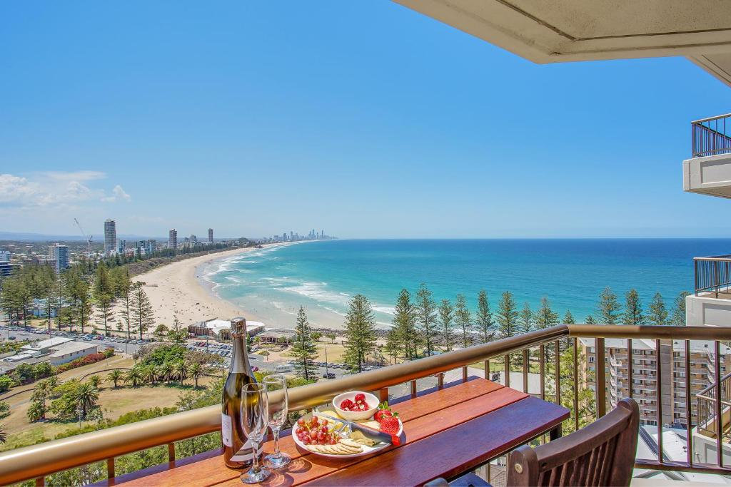 Gemini Court Holiday Apartments Gold Coast Updated 2021 Prices