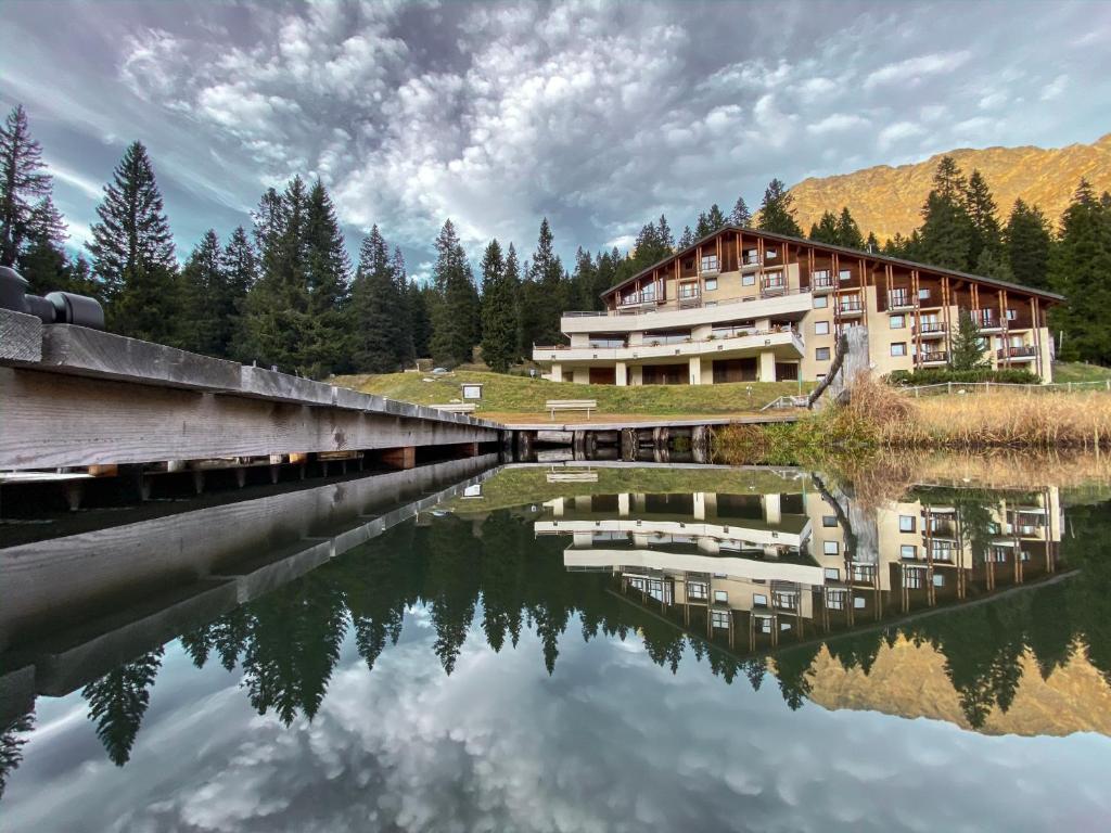 Der Swimmingpool an oder in der Nähe von Hotel Ristorante LIDO