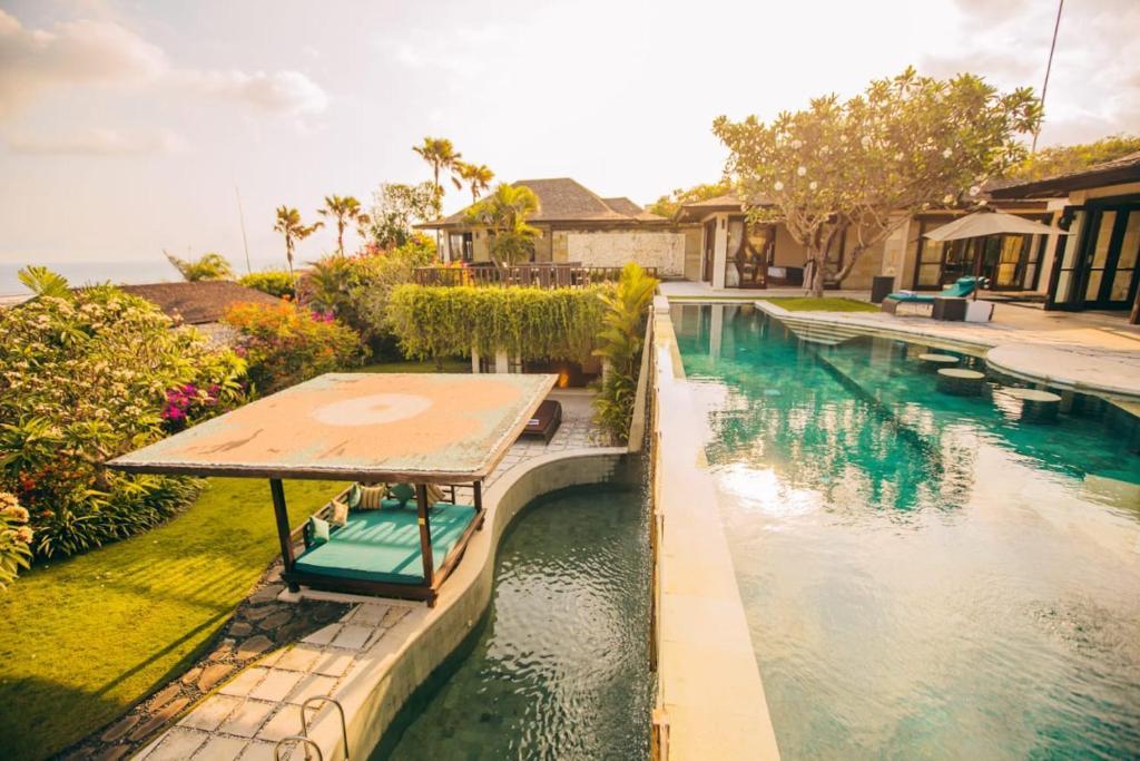 Luxury Clifftop Villas Of Bali Nusa Dua 9 10 Updated 2021 Prices