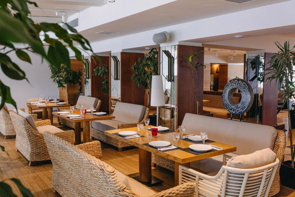 Sea Breeze Resort Residence Hotel Baku Azerbaijan Deals