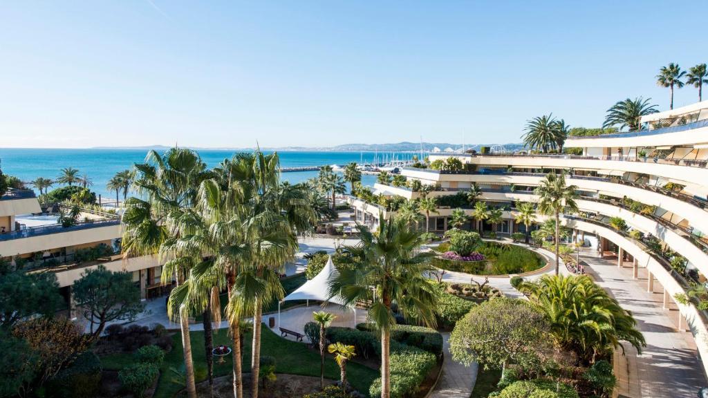 Holiday Inn Nice - Port St Laurent Saint-Laurent-du-Var, France