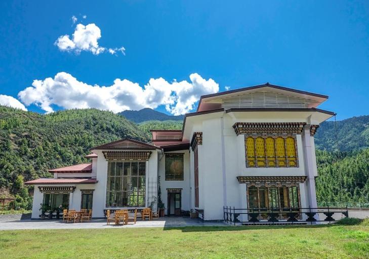 The Postcard Dewa, Thimphu, Bhutan
