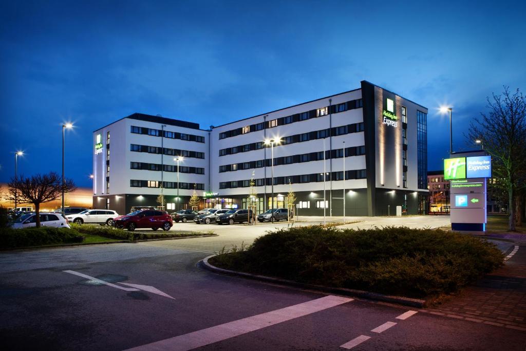 Holiday Inn Express Oberhausen, April 2019