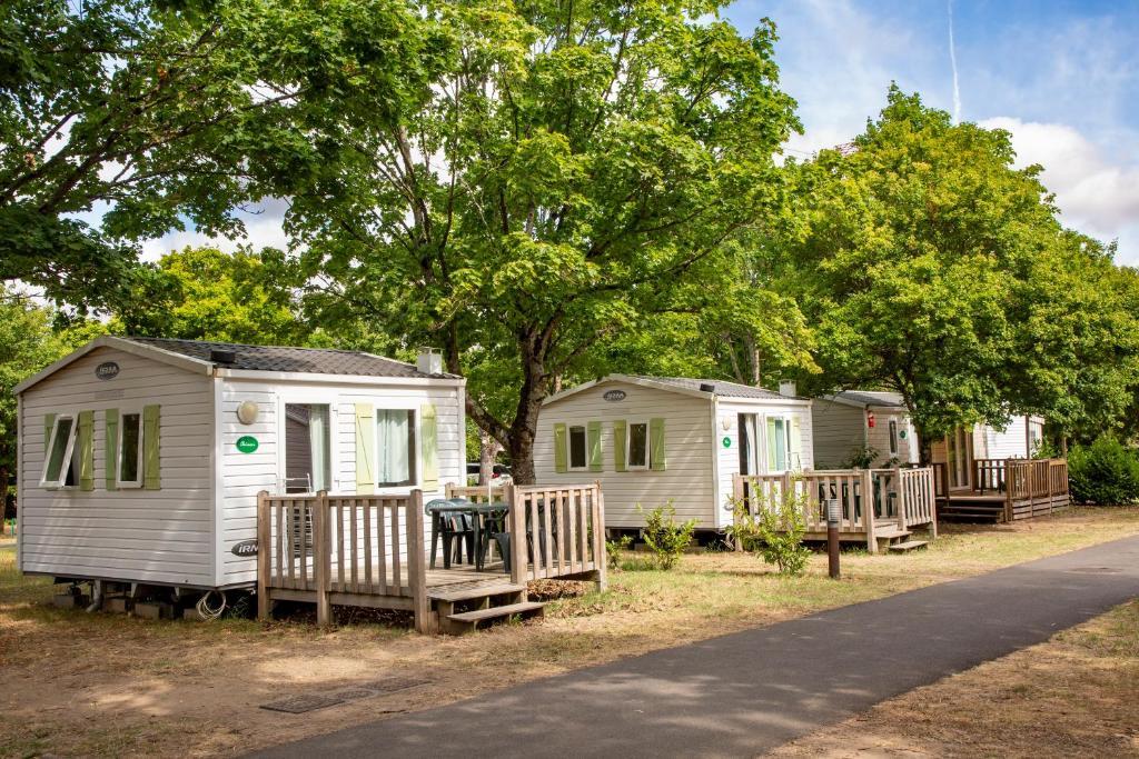 Camping Les Peupliers Montlouis-sur-Loire, France