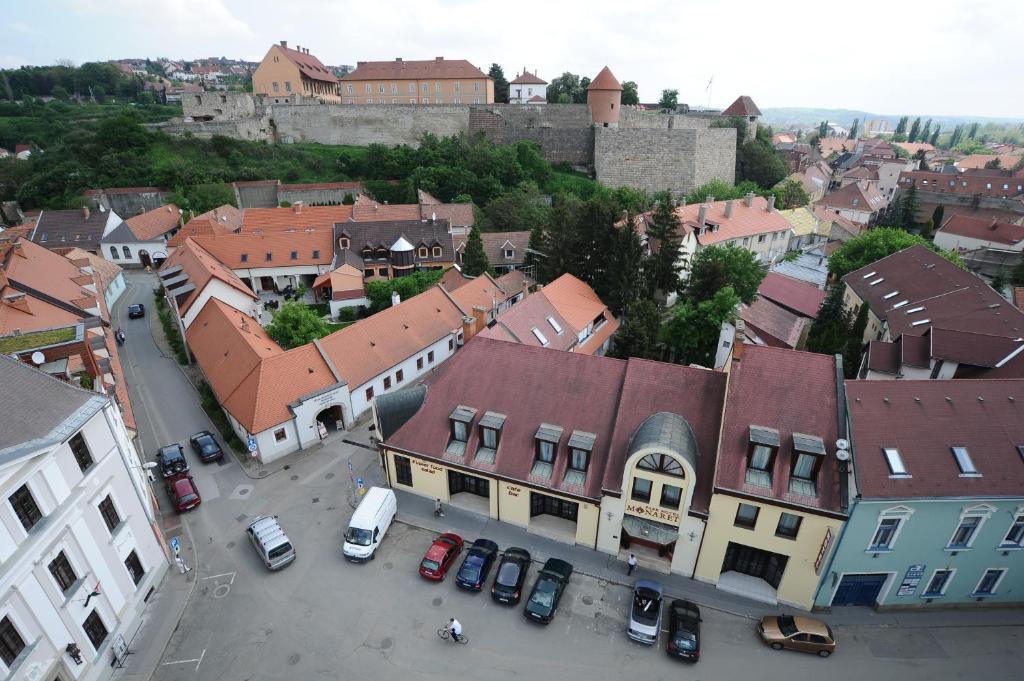Park Hotel Minaret Eger, Hungary