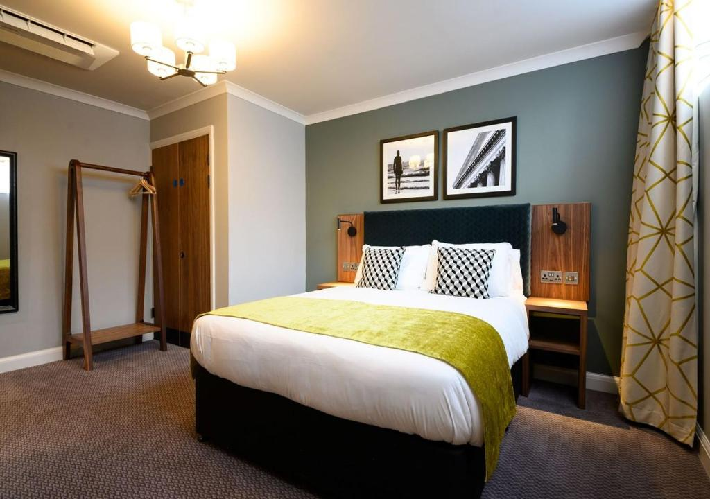 A bed or beds in a room at Innkeeper's Collection, All Bar One, Liverpool City Centre