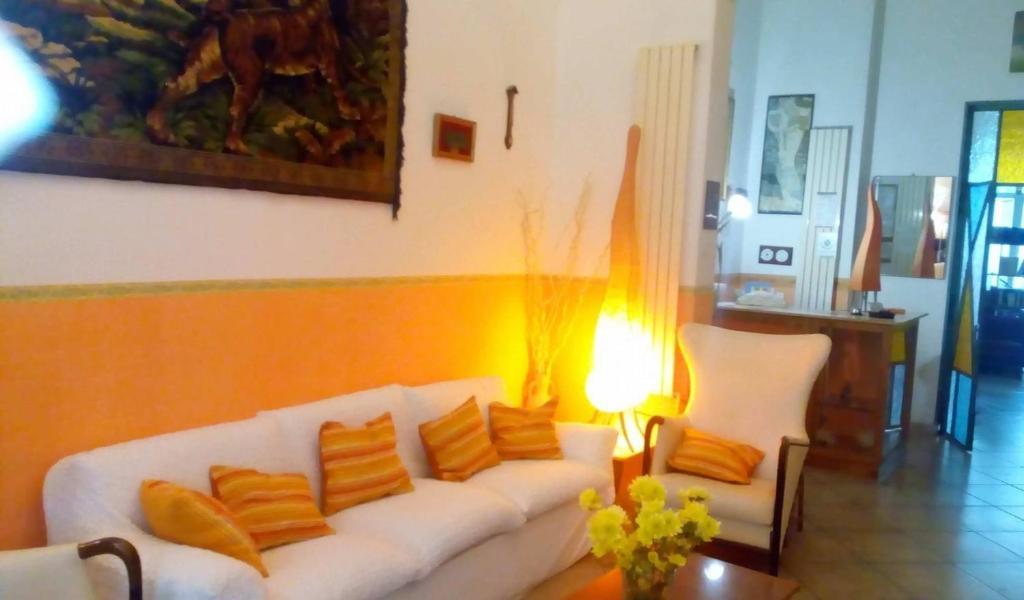 A seating area at Hotel Villa Morgana